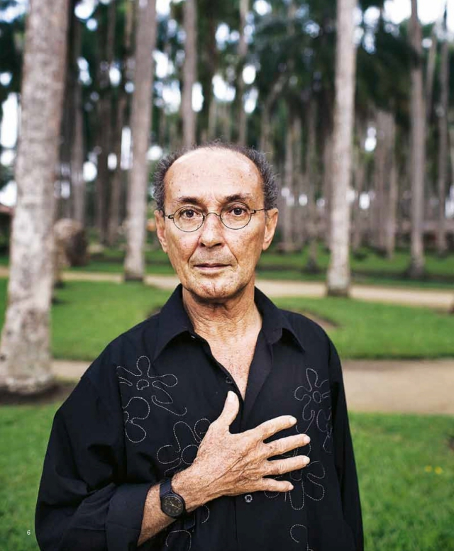 Figure 8. A recent portrait of De la Parra in Suriname, 2011. 'I think the method of learning-by-doing can be the savior of Caribbean cinema.' Photo by: Guus Dubbelman.